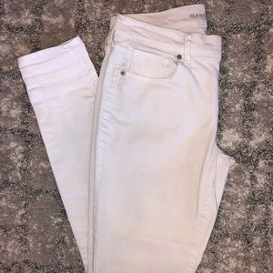 White Old Navy Skinny Jeans